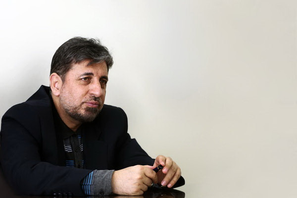 ابطال پذیری مهندسی کاریکاتوری انقلاب در جامعه امروز ایران